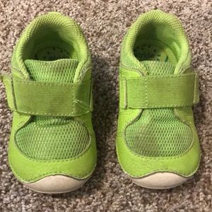stride rite shoes size 6M - green with white soles